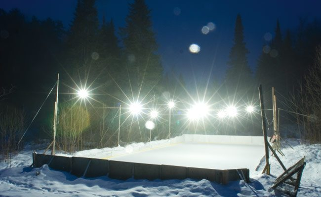 Backyard Rink Lighting :  PRINT EDITION Pure joy on Ottawa?s outdoor rinks  Ottawa Magazine