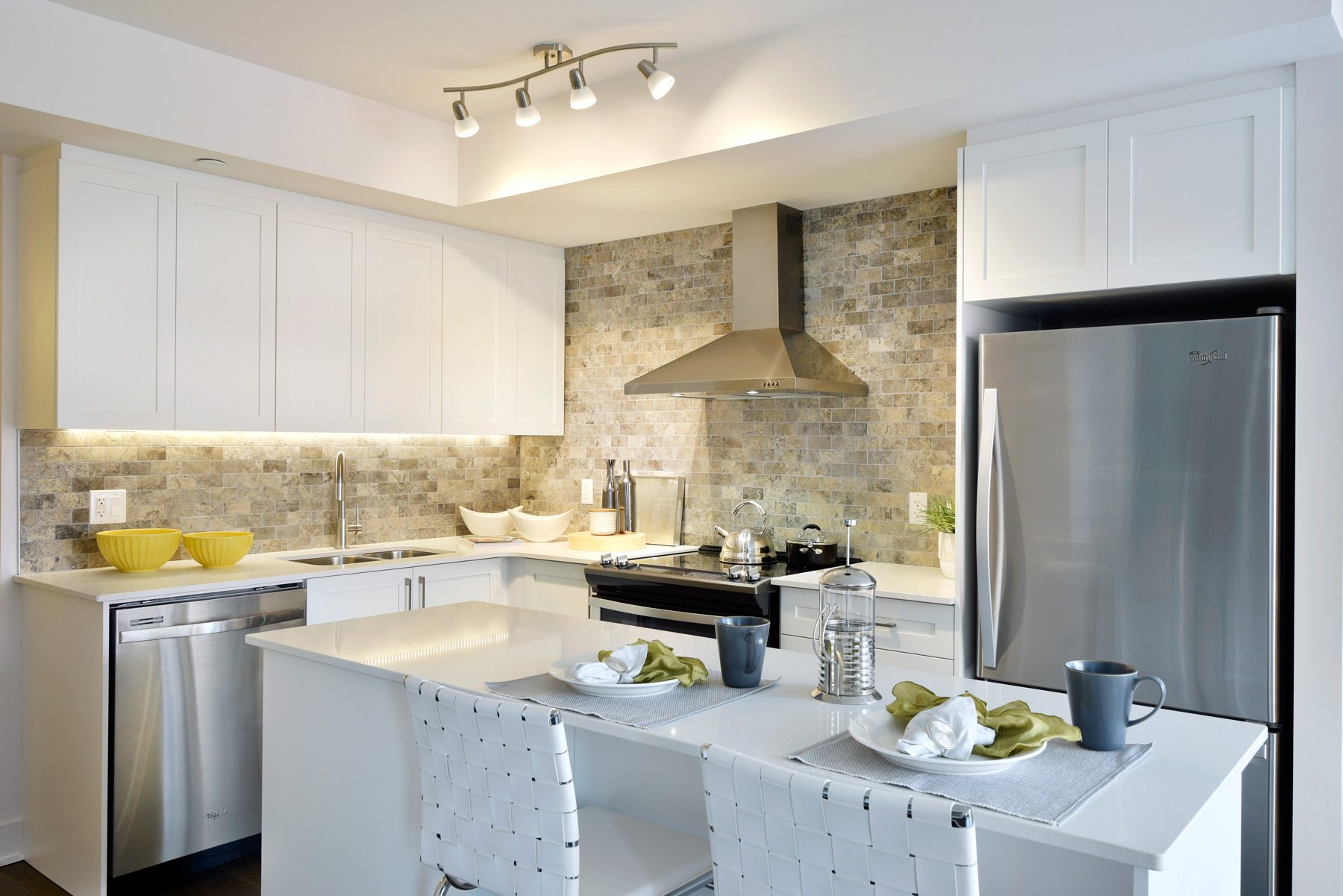 The Elmdale's kitchen/dining area
