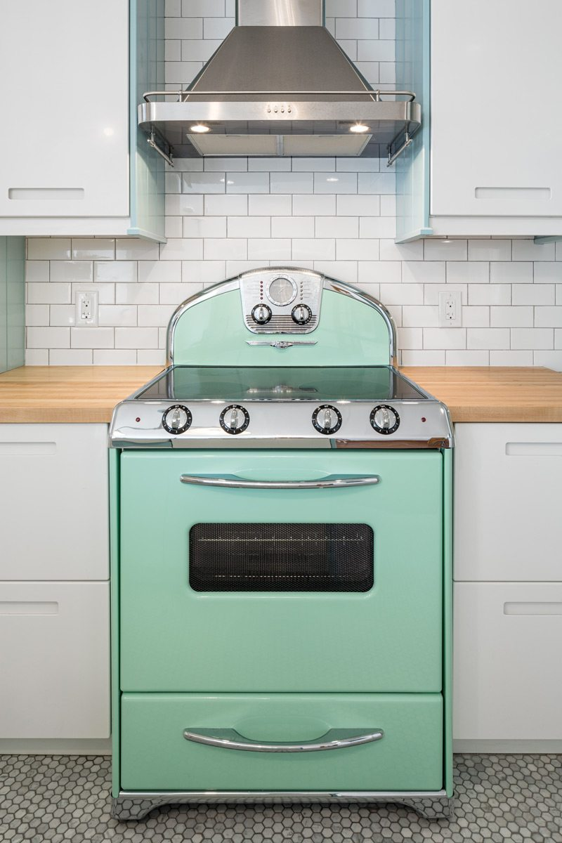 The retro-cool stove, manufactured by Ontario-based Elmira Stove Works, is available in a number of colours. While Cranley's choice of mint green was on-trend in 1956, candy red (1954), robin's egg blue (1954), and flamingo pink (1955) are also popular choices. Photo: Justin Van Leeuwen